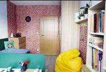 TAK DEJ CIHLU K CIHLE . . . / Interiér chlapeckého pokoje v panelovém domě ve Zlíně; Ing. arch. Michaela Nášelová
