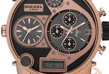 Diesel Saat / Orjinal Diesel erkek kol saatleri onlinesaatci.com da en uygun fiyatla satılmaktadır.