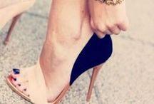 #Shoes....I love it! / Le scarpe sono una vera passione e danno il tocco finale per un outfit da favola!