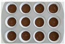 Cupcake Recipes / Cupcakes and mini cupcakes for parties and special occasions.