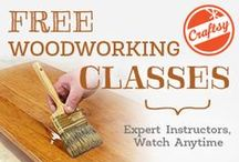 FREE DIY Online Classes! / Listed here are DIY classes that you can take online for FREE!  Knitting, cake decorating, quilting, to jewelry making.  It's all here, and waiting for you to discover.  :-)  #free #diy #onlineclasses #crafting