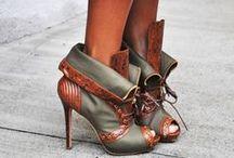 Oh,those shoes!!! / by Marija Jovanovic