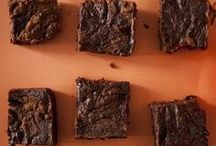 sweets/desserts: brownies