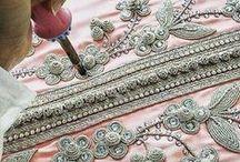 Textiles of the world / Faranak Hashemi