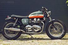 Cafe Racer / Moto triumph