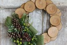 Christmas Crafts & DIY & Decor & Recipes / Merry Christmas! Tons of festive Christmas decorating ideas, crafts, homemade gifts, traditions, party ideas, recipes and activities to draw inspiration from to make your holidays extra special.