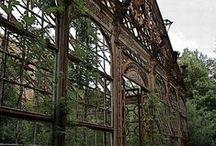 Abandoned buildings, places / Enyészetnek átadott épületek, helyek
