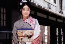 JAPANESE KIMONO / The form of the Japanese traditional kimono. There are also an Uchikake and a ceremonial dress worn by a bridal during this.