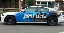 Police / auta, motorky, lidé, výbava