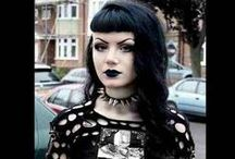 Gothic Beauty / This board encompasses all genres of the gothic subculture, from cyber, neo and Victorian, to fetish, elven/faerie and traditional. A place to get wonderful inspiration for outfits and makeup styles, so enjoy!