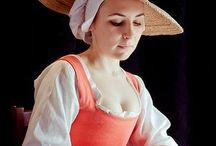 F 女性 西洋伝統衣装