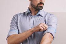 Koszula w drobną biało-niebiesko-różową kratkę z kontrastowymi wstawkami. / Kołnierz klasyczny. Wewnętrzna listwa oraz stójka w niebieskim kolorze. Ozdobna kieszonka.  100% bawełna Twill