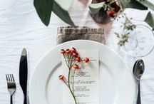 Country Style – Tableware / Beautiful table setting ideas - why not add a feminine touch by introducing florals to your dinner table?