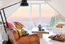 Ventana mirador. / Una ventana mirador es una zona de meditación, para leer un libro o simplemente relajarnos mientras disfrutamos de las vista.