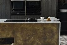 Metal kitchen inspiration / How to inject warmth and glamour into your kitchen with metal accents.