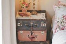 Vintage bedden / vintage bedden, slaapkamer, vintage slaapkamer, bedroom, vintage bedroom.
