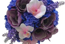 Blues / Wedding flowers, dresses and accessories in shades of blue.