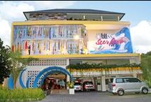 Bliss Surfer Hotel / Targeted at people who are young or young at heart, who enjoy theme holidays, and are not afraid of having fun. Its colorful interiors remind people to not take life too seriously and that life is full of variety, while its surfing theme brings the beach and the ocean to the guests.