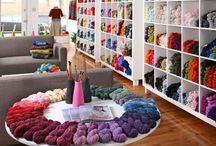 Yarn shop / Mi sitio preferido / by Aida Bournigal