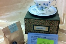Candle Making / Vintage Ambience have candle making kits with a difference!  Our kits come in a quirky and fun cake box because, well, tea and cake go so well together and we also include the vintage china.  Great for collectors or 'wannabe' collectors.  We hope you enjoy our fun kits.
