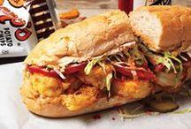 Bocadillos, Sandwiches, Burgers y Panninis / by Miguel De Pedro