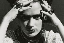 frida kahlo independence art