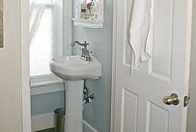 Tiny Bathroom Ideas / Decorating & remodeling ideas for your microscopic bathroom!