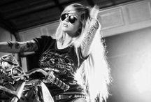 moto custom / Harley davidson girl