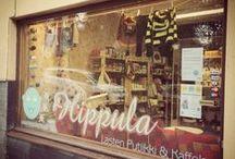 Hippula Lasten Putiikki & Kaffela / Hippula oli Suomen söpöin Lasten Liike. Meillä myytiin ekologisia lastentarvikkeita ja vaatteita sekä hyväkuntoisia lasten second hand -vaatteita, leluja sekä äitiysvaatteita.