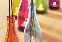 Reciclando Botellas de Cristal / Ideas de como reciclar y reutilizar tus botellas de cristal favoritas y convertirlas en otros productos útilies y hermosos / by Ecomania