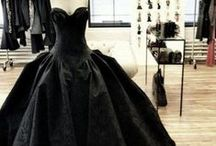 Clothing & Fashion / Clothing, Fashion, Gothic clothing, Historical Clothing, Gowns, dresses, ETC.