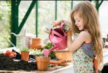 > Activités DIY pour les enfants < / Idées de DIY, activité pour les enfants pendant les vacances - les occuper - recycler les objets du quotidien Activité à faire à la maison - facile