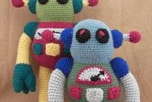 Amigurumi robots