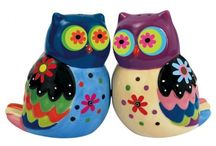Owls / I just love owls. I once meditated to find my totem animal and I got an owl - enough said! / by Sue Lewis