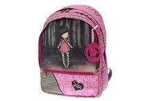 ESCOLAR: Mochilas escolares / Trolleys, mochilas y carteras para el cole. De las marcas Disney, Carolina Estrada o Pepe Jeans.