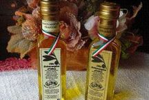 Prodotti tipici Toscani / I più rinomati prodotti tipici toscani che descrivono la cultura gastronomica di questa splendida regione. Tutti i prodotti sono personalizzabili.