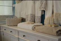Elegand Bathroom by Chora Art Home Design / Towels