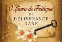 Inês Reviews / My best-friend and partner in crime reviews. All her reviews are in Portuguese.