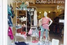 Le Vetrine di Tutù Outlet / Tutù Outlet, abbigliamento 0-14 a Ferrara, cambia l'allestimento della vetrina ad ogni stagione, arrivo di nuove collezioni/campionari e in occasione di eventi speciali.