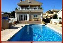 4-bed 2-bath Villa