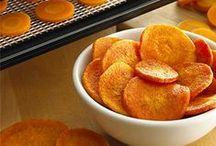 Voedseldroger recepten / Hier vind je de lekkere en gezonde  recepten die je eenvoudig kunt maken met een van onze voedseldrogers: http://slowjuicerplaza.nl/collections/voedseldrogers