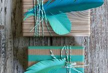 Elegant Gift Wrapping Ideas / Wrap your lovely gifts with a gorgeous layer of splendid gift wrapping design! Let them stare with awe while holding up the surprise.