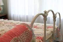 I LOVE IRON BEDS AND QUILTS
