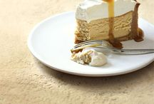 Cheesecake Desserts / Baked and un-baked cheesecakes, large or individual suited to serving for desserts.