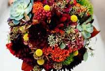 Getting Hitched with Fall colors :) / Fall 2015 wedding / by Lei Curtis