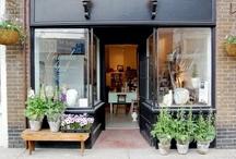 Shops, Restaurants & Displays / by Anna Clendennen