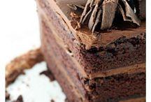 Cake Cake Cake / by RozziBooBoo