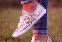 zapatos / by Angie Lopez
