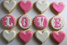 Valentines Day / everything valentines day!! / by RozziBooBoo