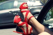 Shoes / by Valentina Tanzillo